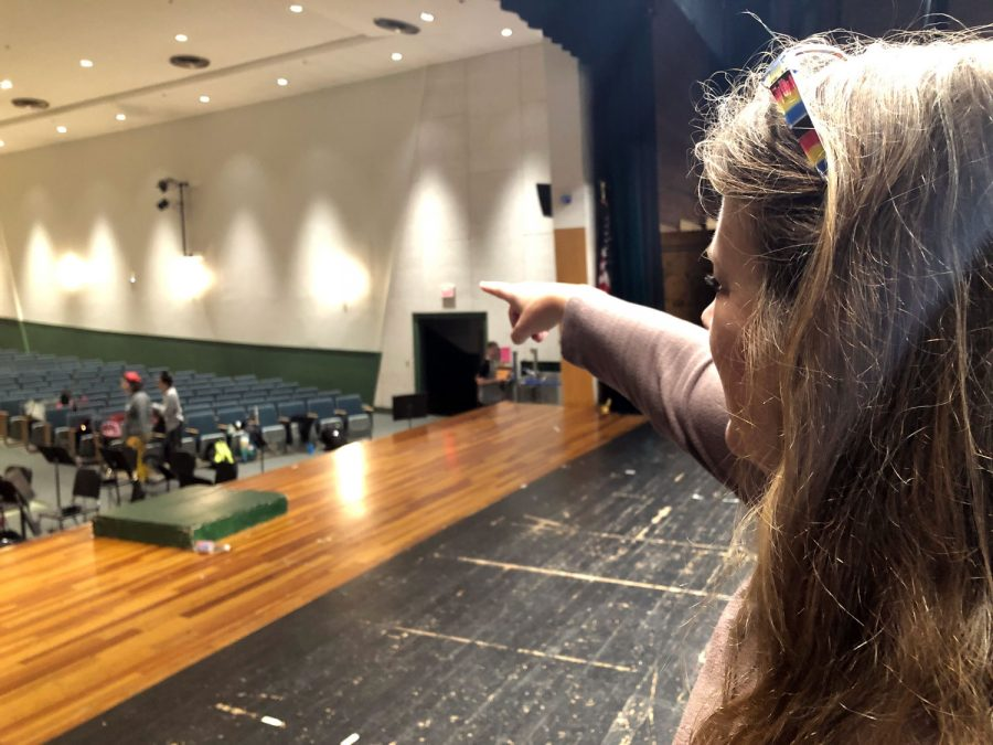 The Director of the show, Valerie gives the cast notes about the previous rehearsal. At this time, the cast is sitting in the audience. On occasion Mr. Brody, the music director or Mrs. Kirshy, the costume director gives notes too.